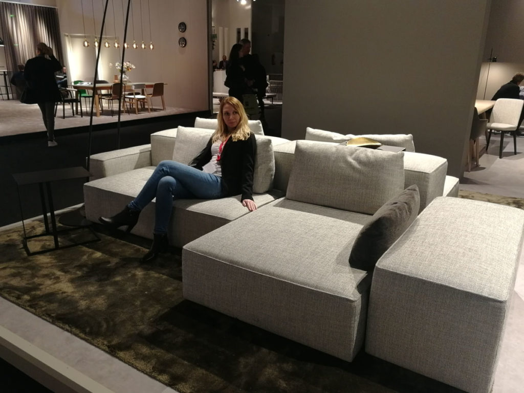 . What are the latest trends in interior and furniture design of 2019